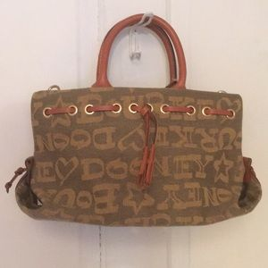 *MAKE OFFERS!* Dooney and Bourke Tiny Tassel Tote